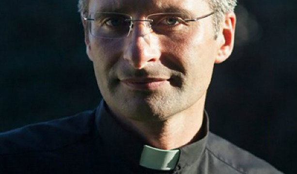 Gay priest decries 'inhuman' treatment of homosexual Catholics