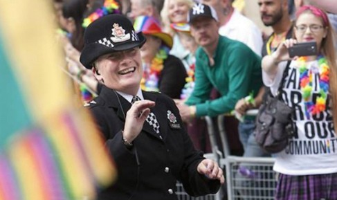 Policeman - the new stars on gay pride