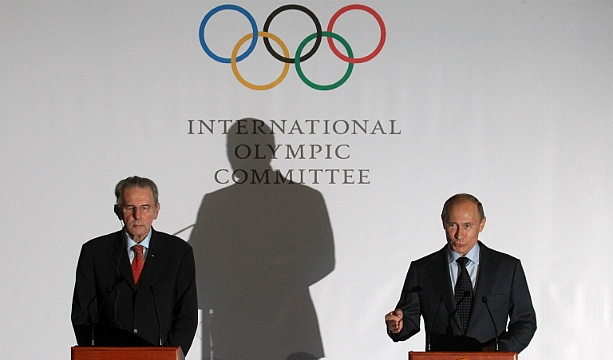 International Olympic Committee warns Russia after anti-gay law